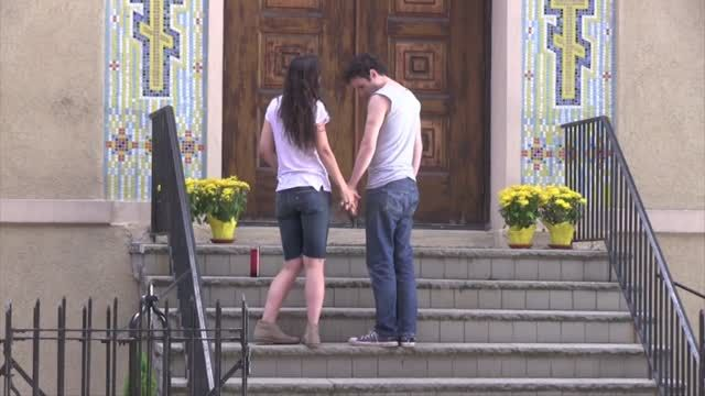 News video: Katie Holmes Gets Up Close and Personal With a Sexy Man on Set